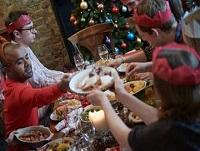 Image of people eating Christmas dinner